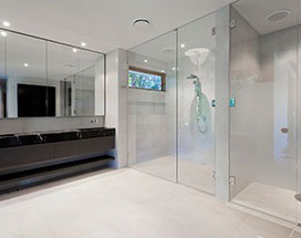 Luxury bathroom mirror Hamilton
