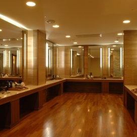 custom shop mirror sunnybank hills