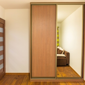 mirror wardrobe doors Kangaroo Point Brisbane